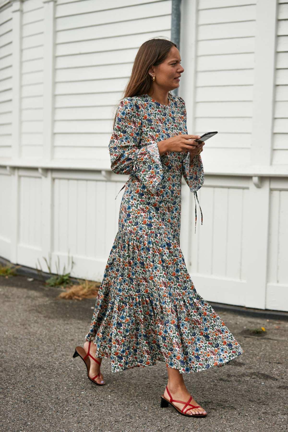 Jakie Buty Do Sukienki Trendy Wiosna Lato 2020 Blog Pyskaty Zamsz